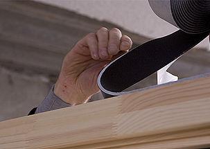 Comment calfeutrer une fenêtre posée en tunnel ou feuillure extérieure ? Le conseil d'expert d'illbruck