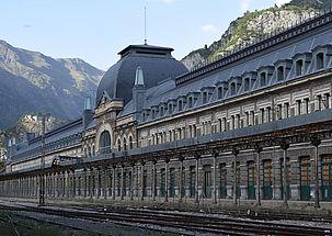 Ventanas con standard Passivhaus para la estación de Canfranc, Huesca