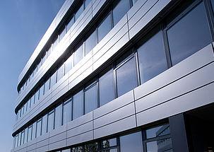 Rozwiazanie dla fasad metalowych